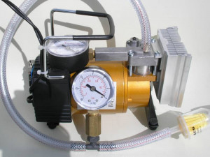 Low cost vacuum pump
